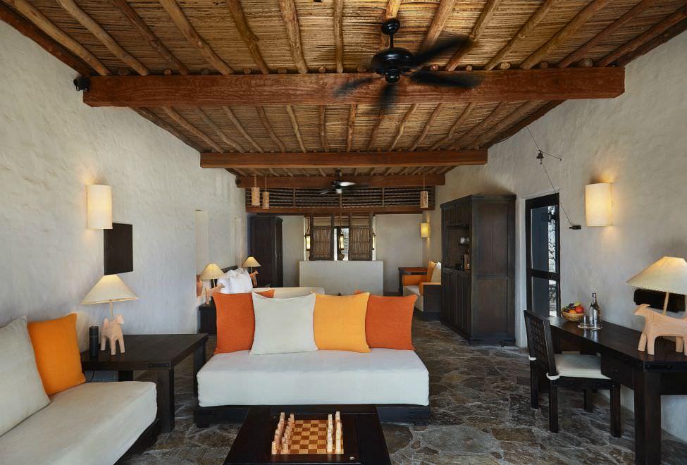 Spa Pool Villa Beachfront interior