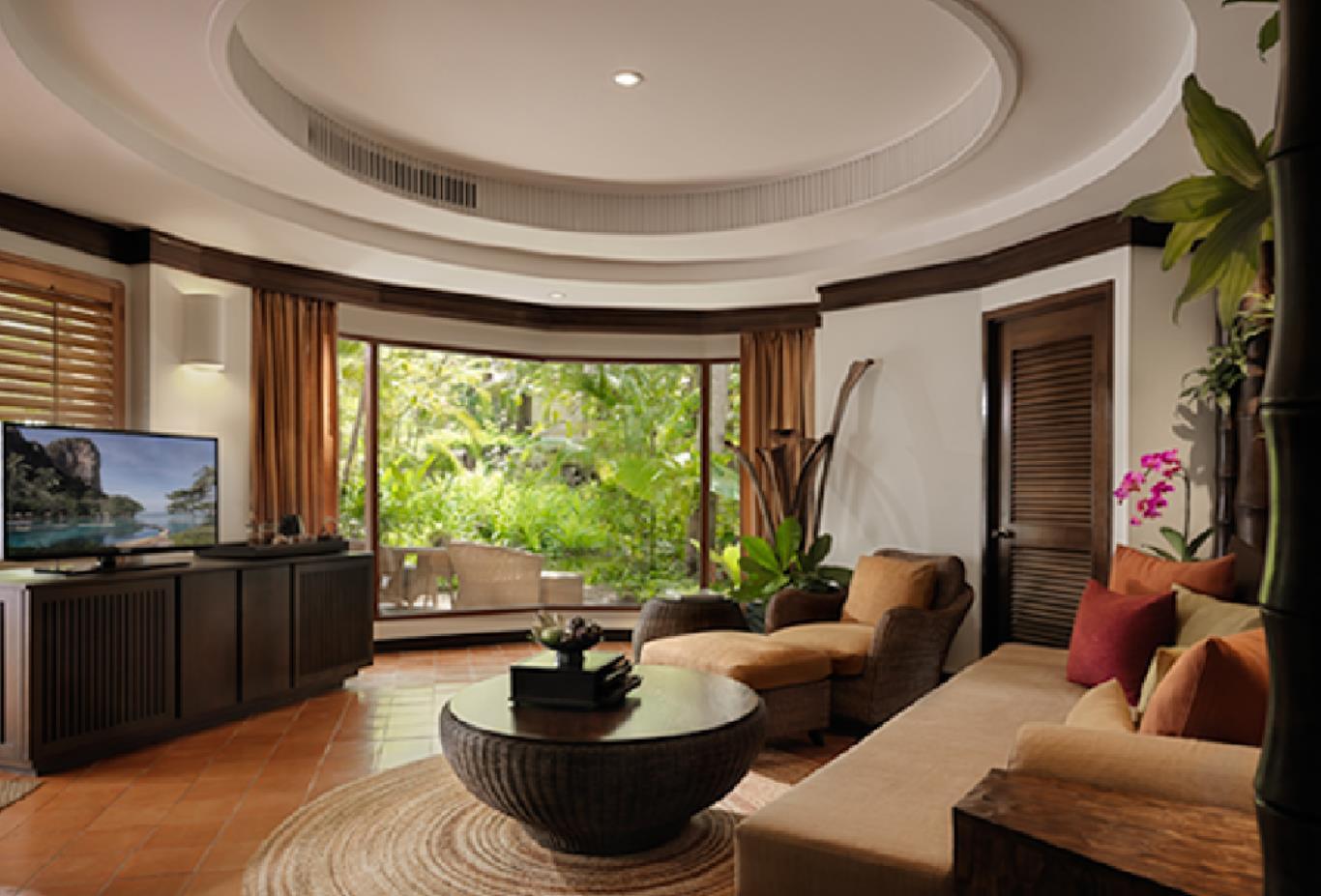 Deluxe-Pavilion-lounge