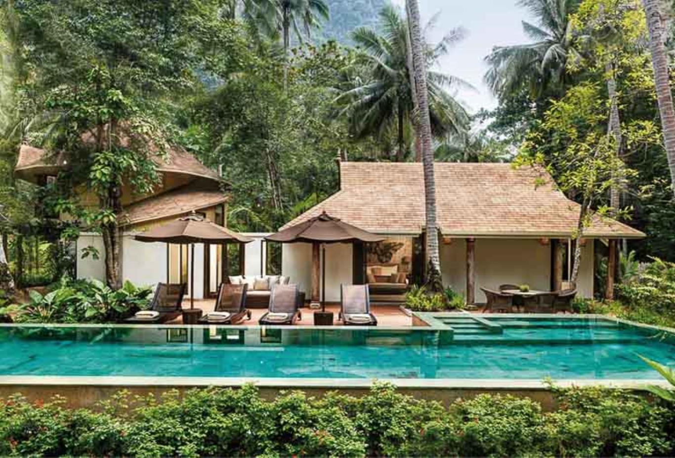 Family Villa 105 with Pool Exterior