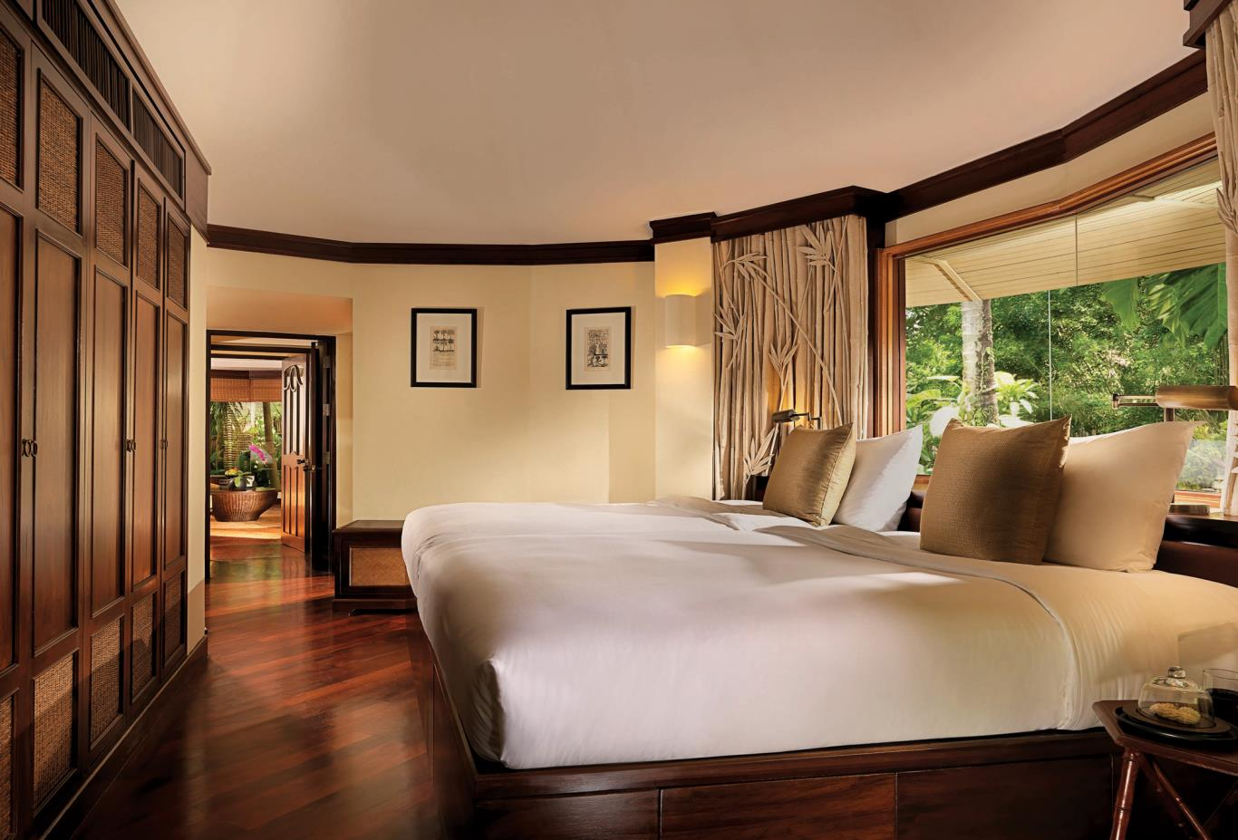Family-Pavilion-Second-Bedroom