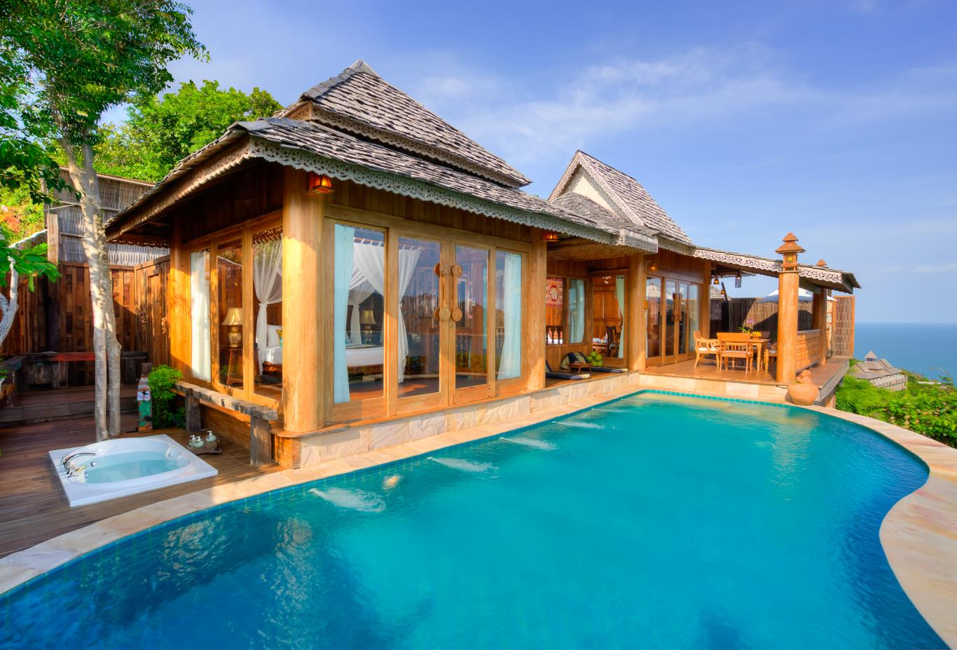 Royal Grand Pool Villa