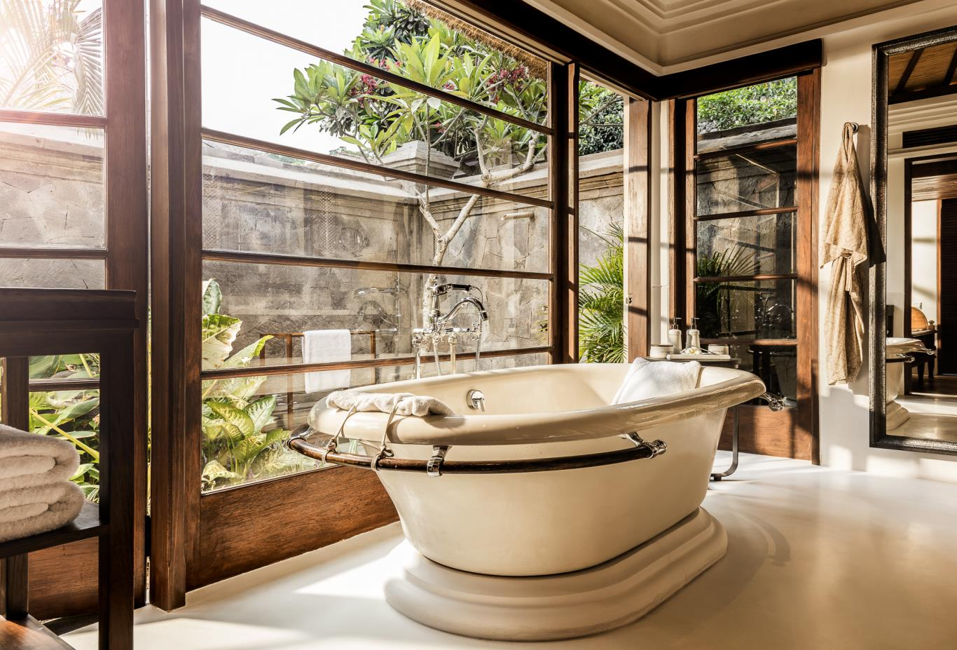 Premier Villa Bathroom