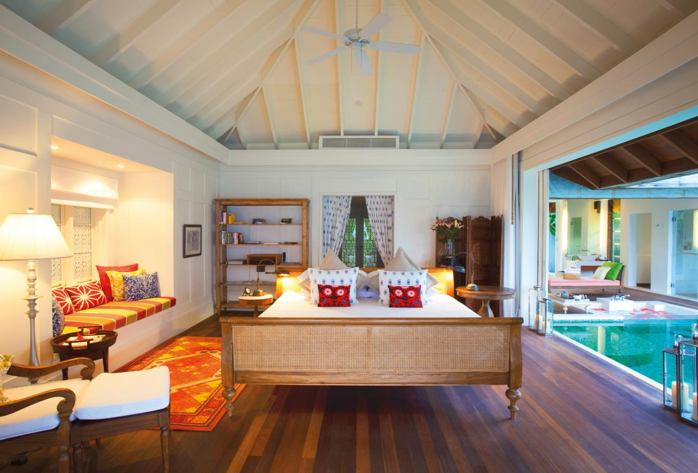 Beach Or Pool House Bedroom