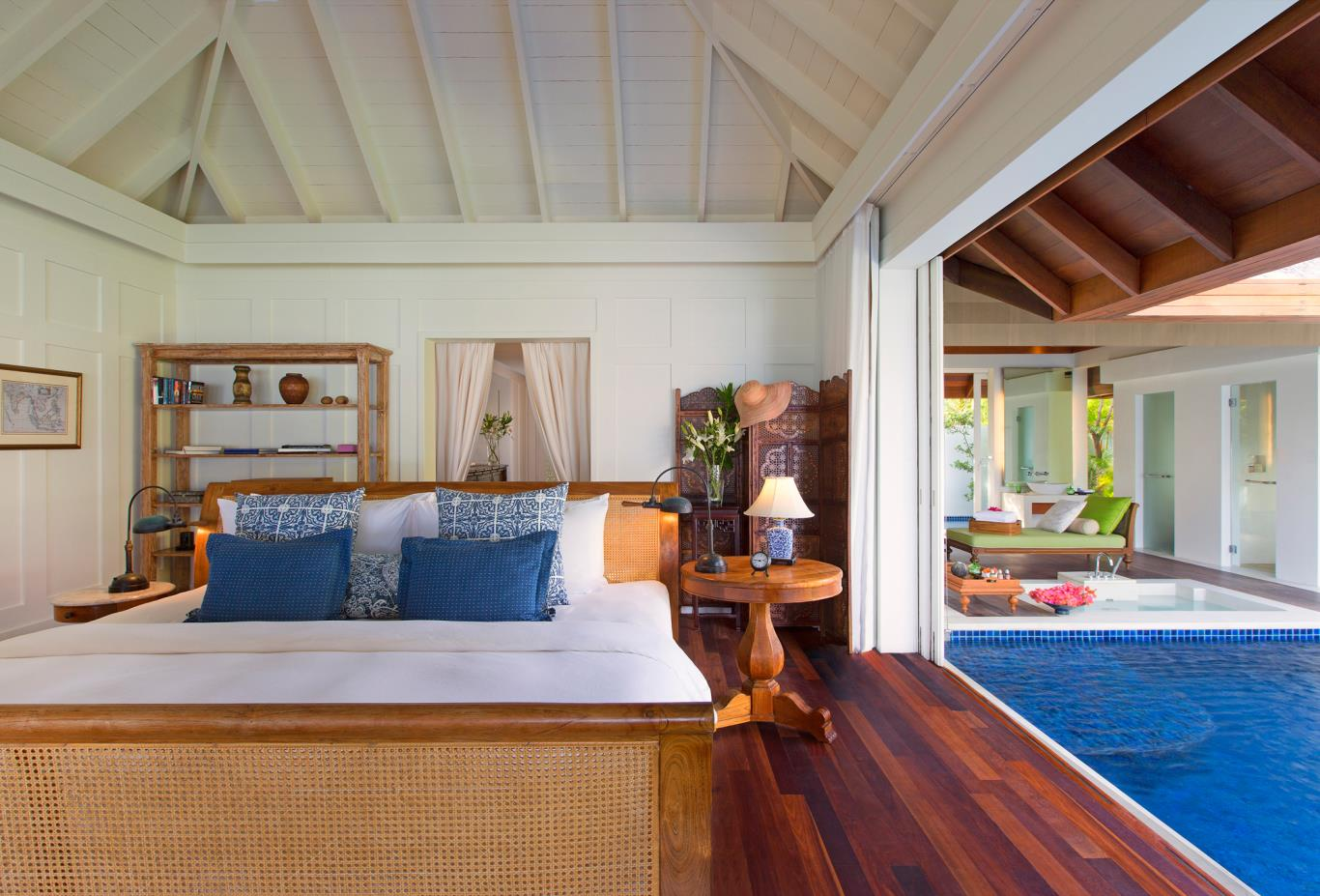 Ocean Pool Villa Bedroom