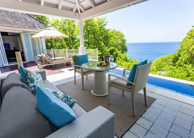 Ocean View Pool Villa   Verandha