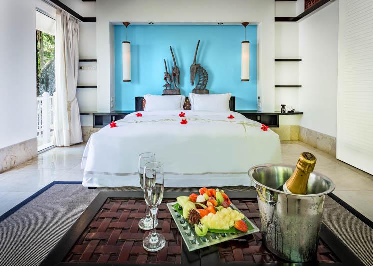Ocean View Pool Villa   Bedroom