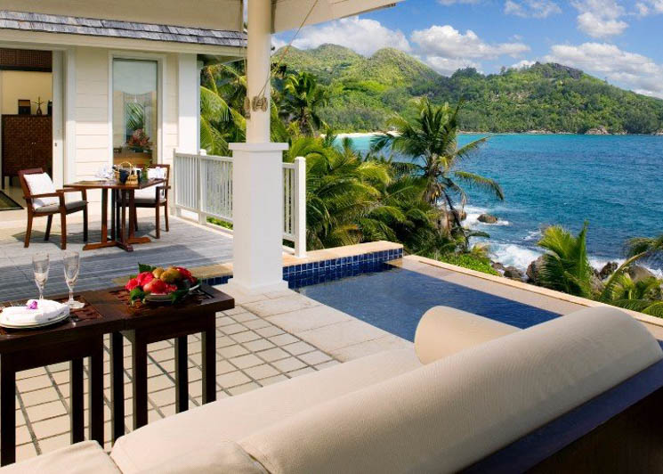 Intendance Bay Villa with pool and terrace