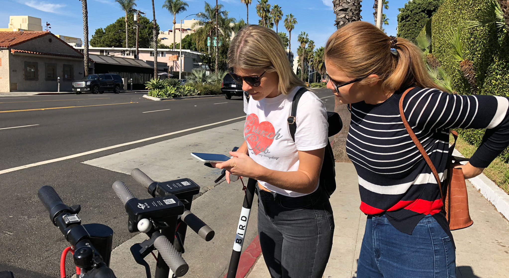 Downloading apps for e-scooter hire will save you time when you arrive