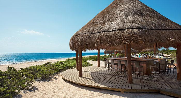 Beach Bar overlooking the sea