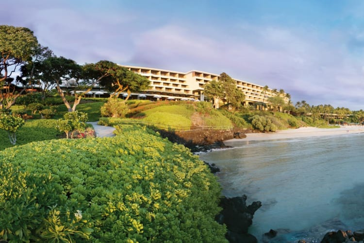 Mauna Kea Beach Hotel from Manta Ray Point