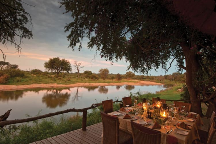 Motswari_by the river dining