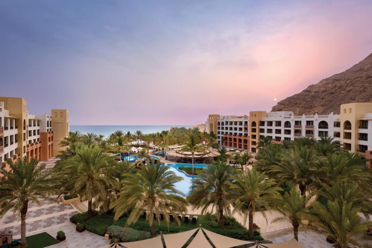 Shangri La Barr Al Jissah Resort & Spa Al Waha Pool