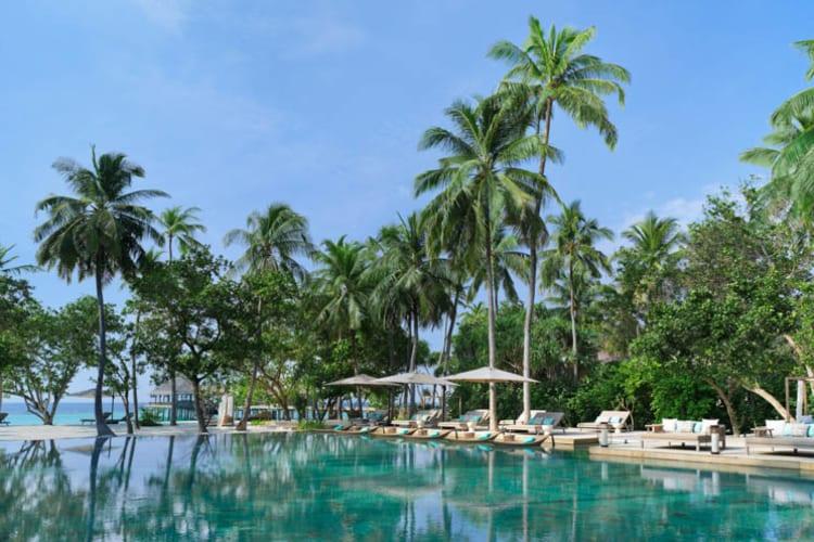 Vakkaru Maldives Pool