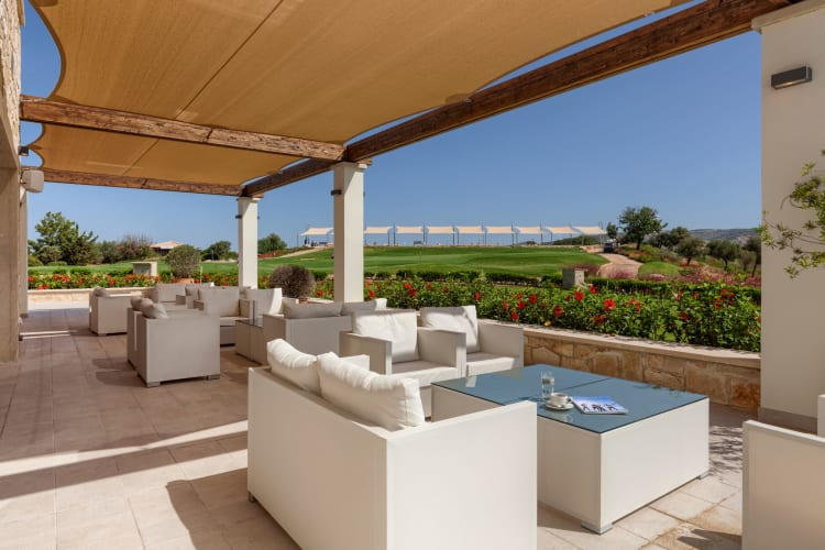 Holiday Residences Guest Terrace