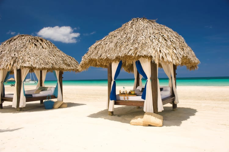 Beach canopes