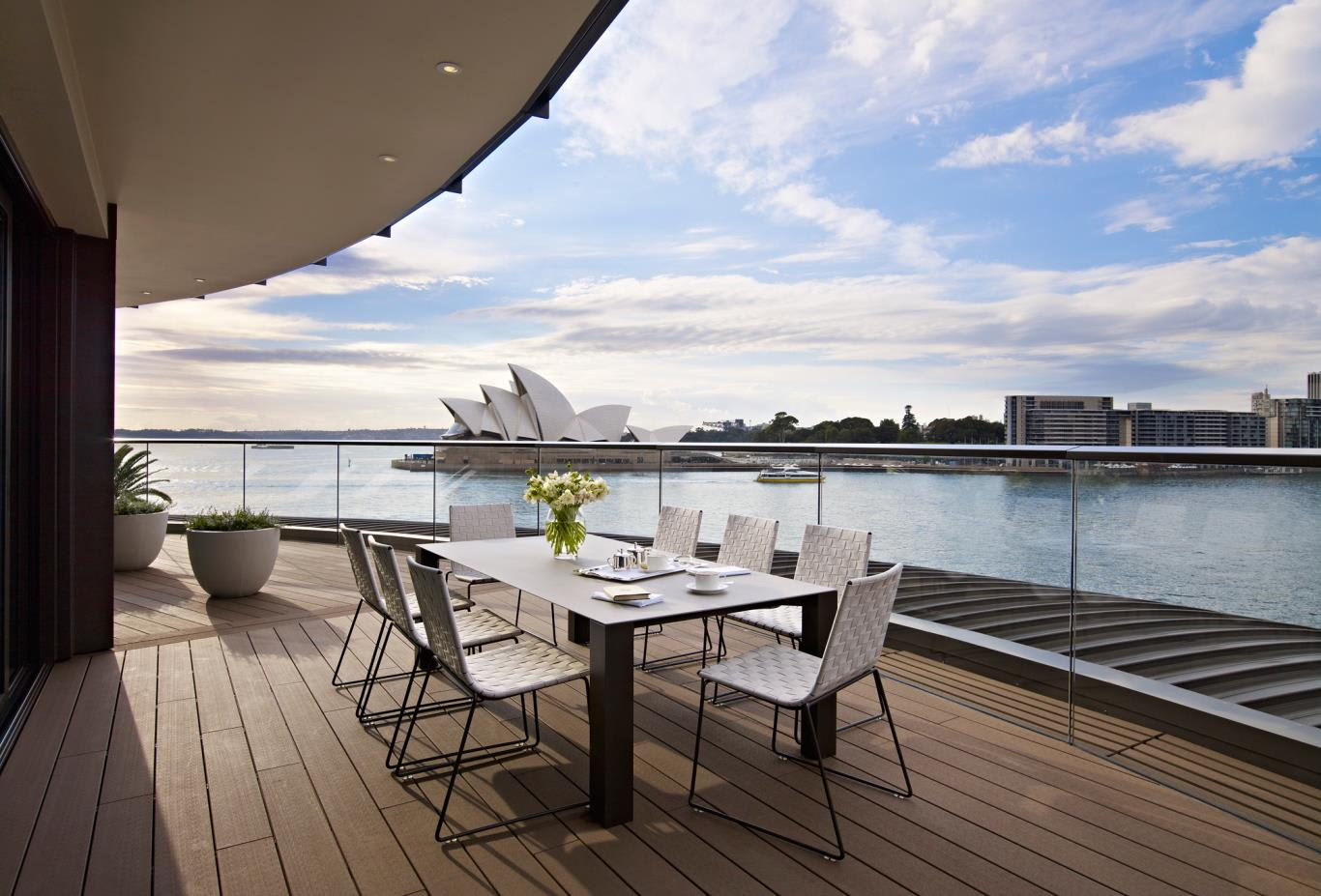 Sydney-Suite-OutdoorTerrace