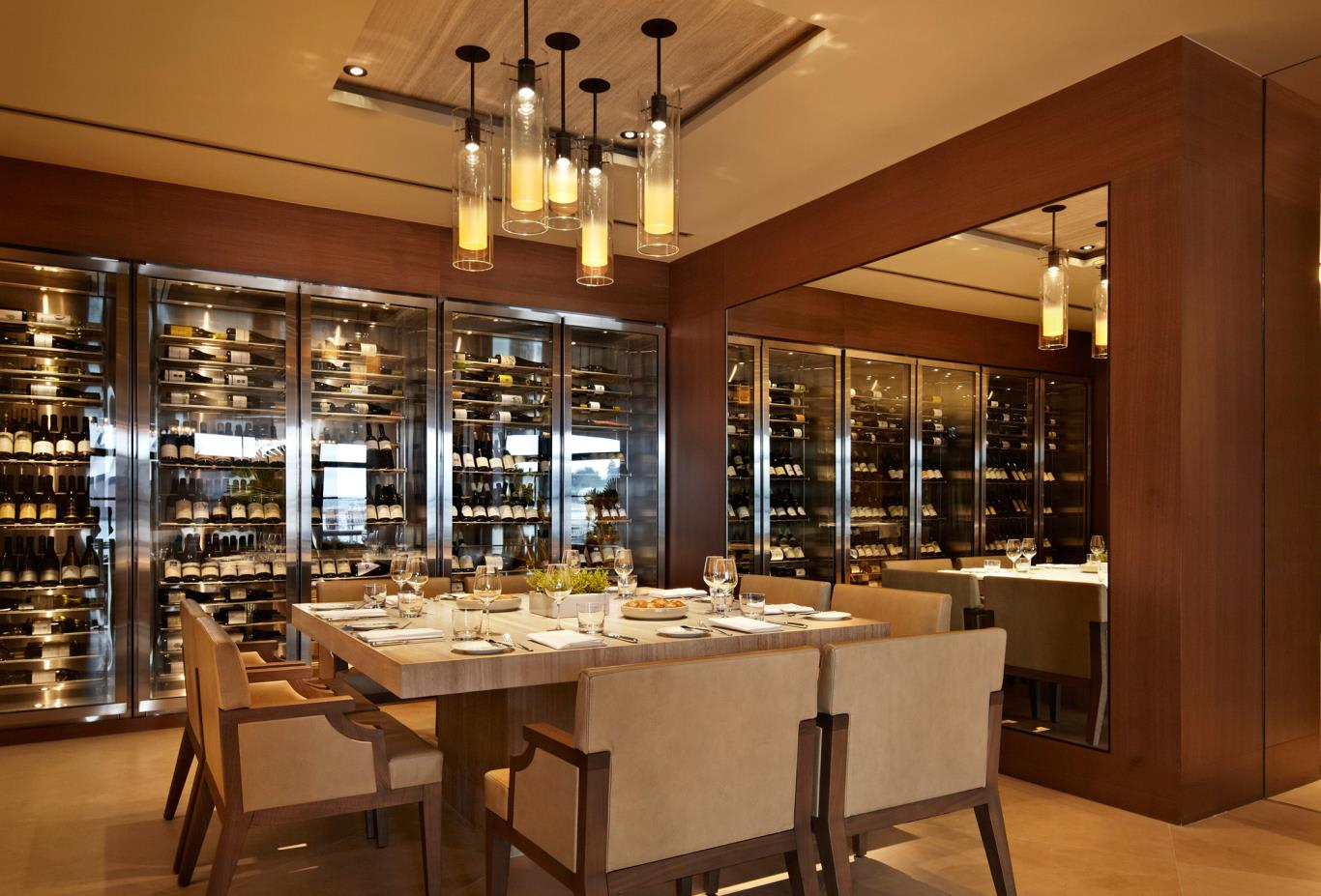 The-Dining-Room-Chefs-Table-nws