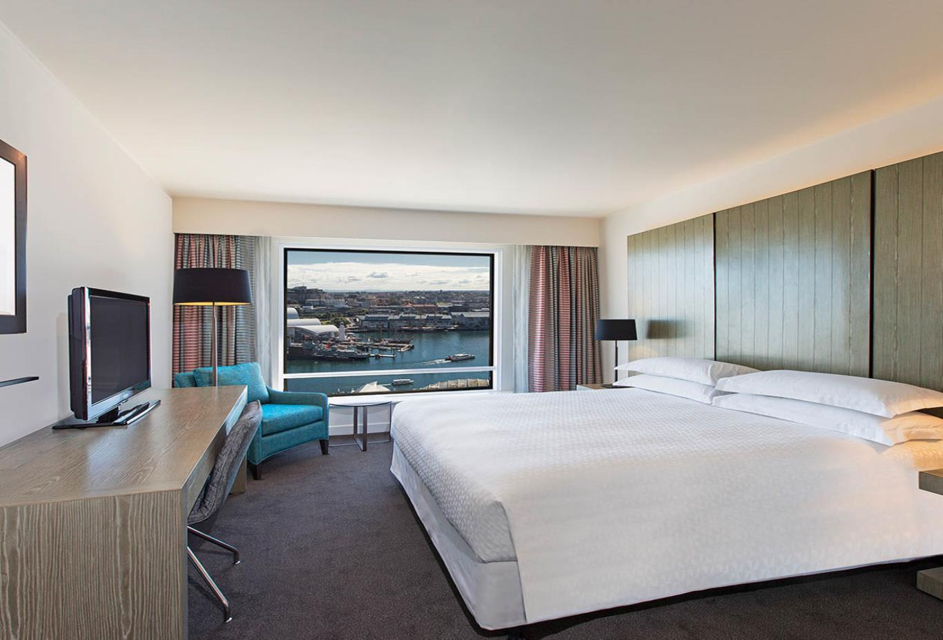 Premium Harbour View Room