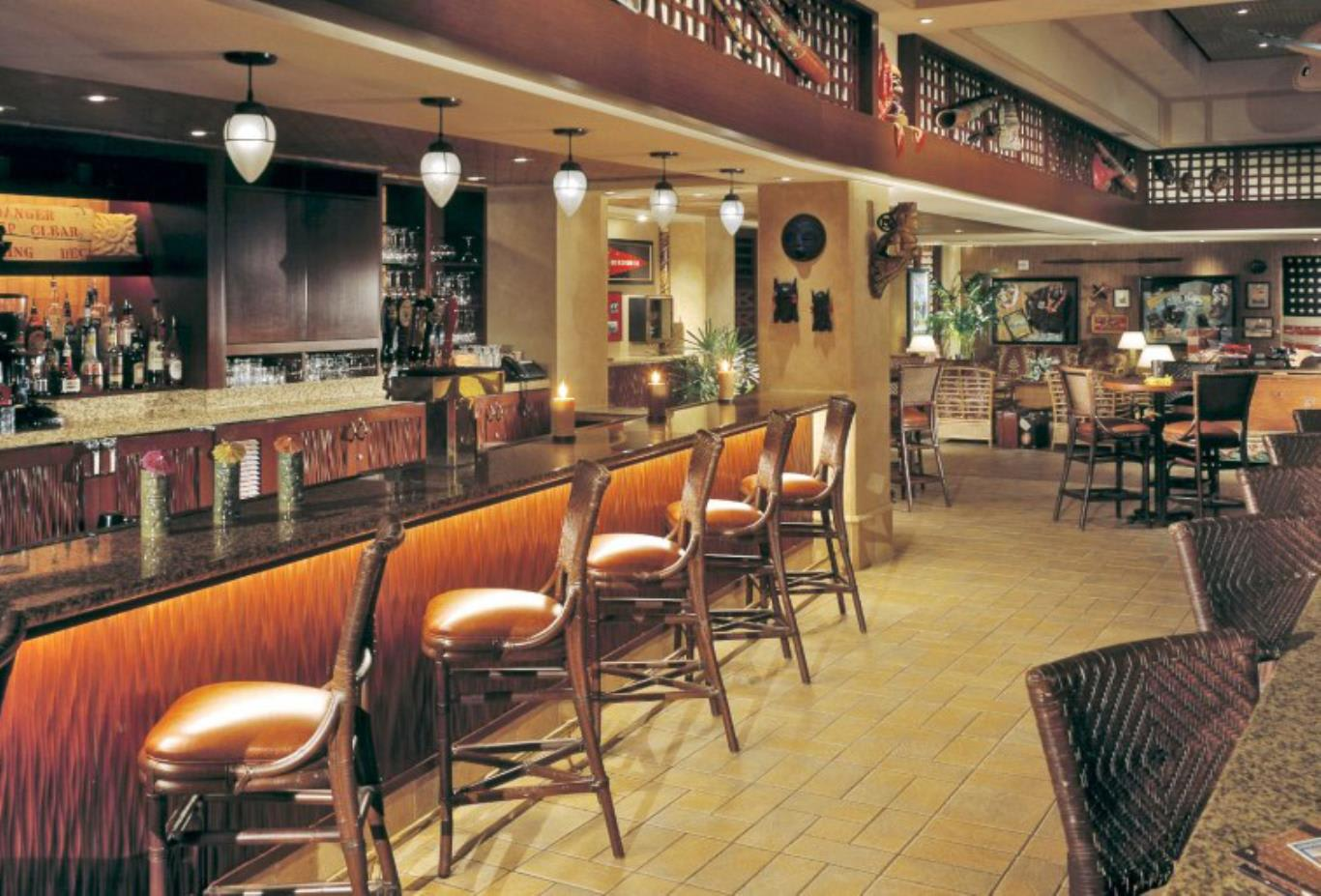Jake's-American-Bar
