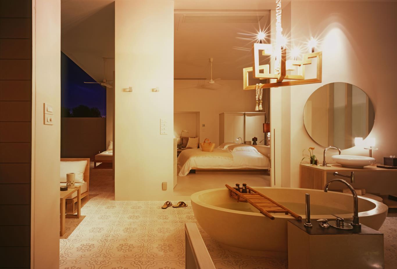 Garden-Pool-Villa-Bathroom