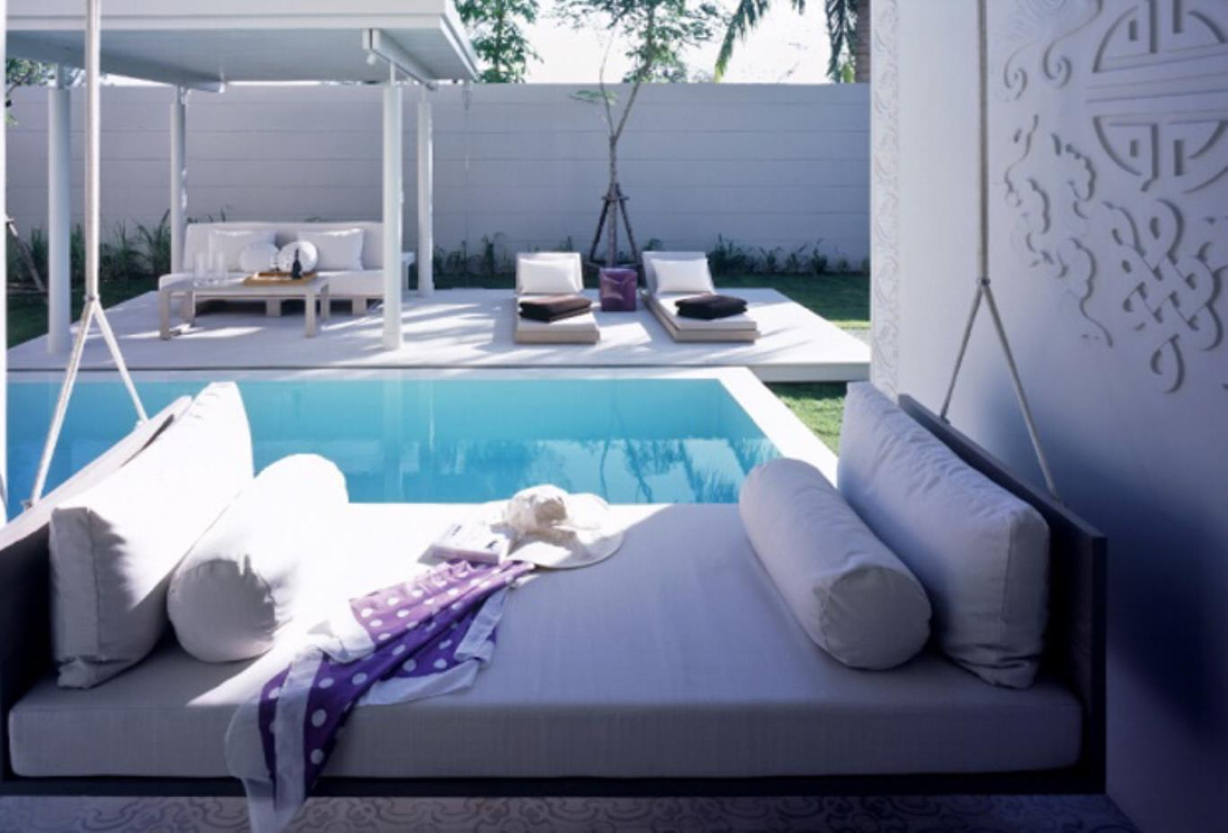 One bedroom duplex pool villa suite daybed
