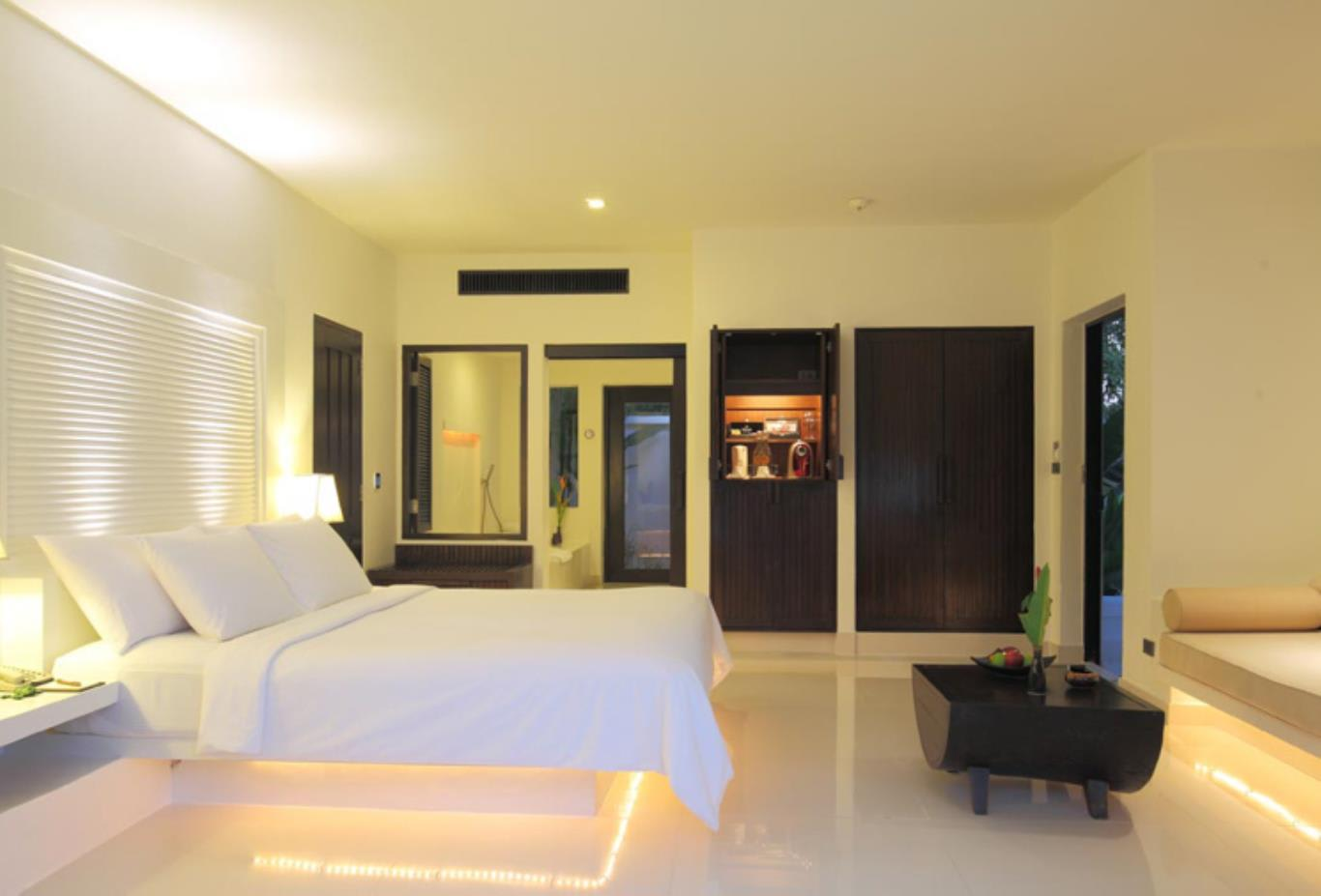 Deluxe Villa bedroom