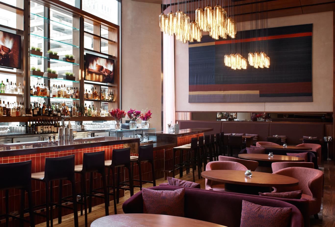 One Up Bar & Lounge