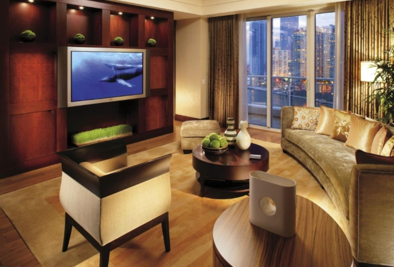Mandarin Suite Living Room