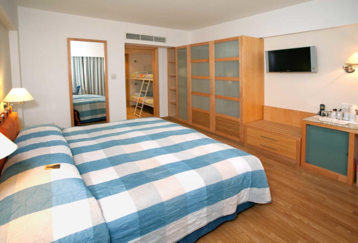 Executive Marina double bed