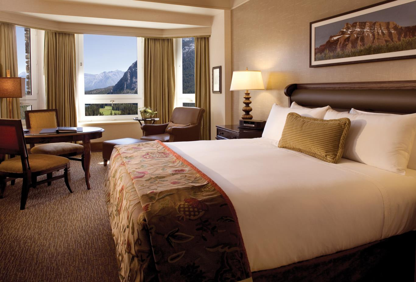 Fairmont Gold Deluxe Mountain View Room