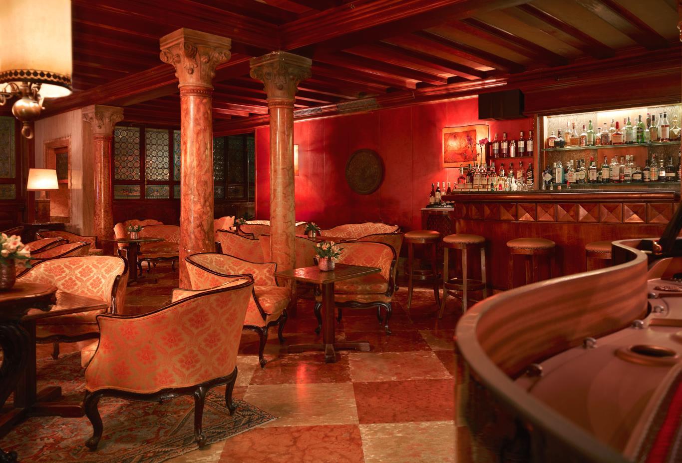Bar Dandolo Restaurant