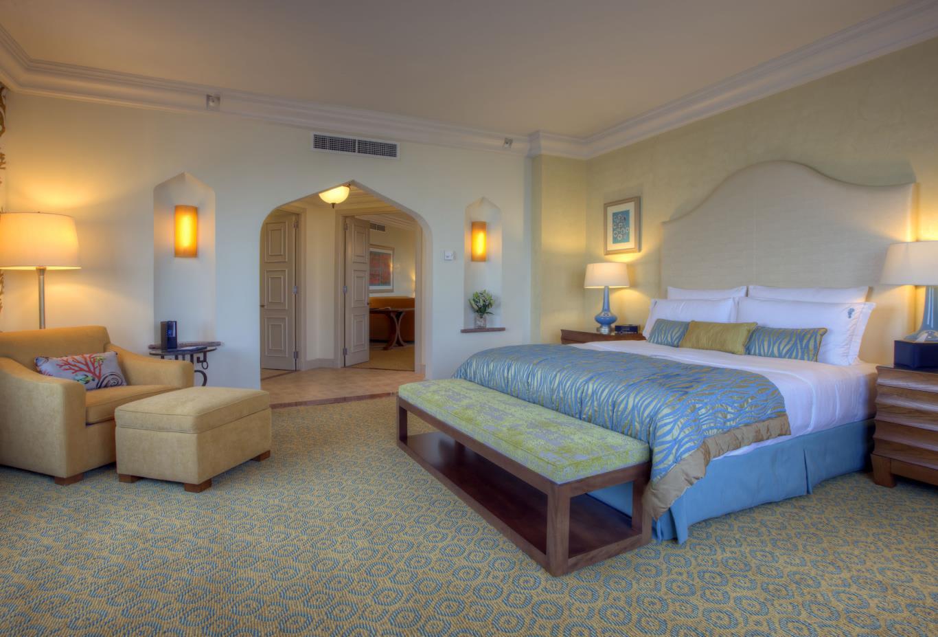 Executive-suite-bedroom