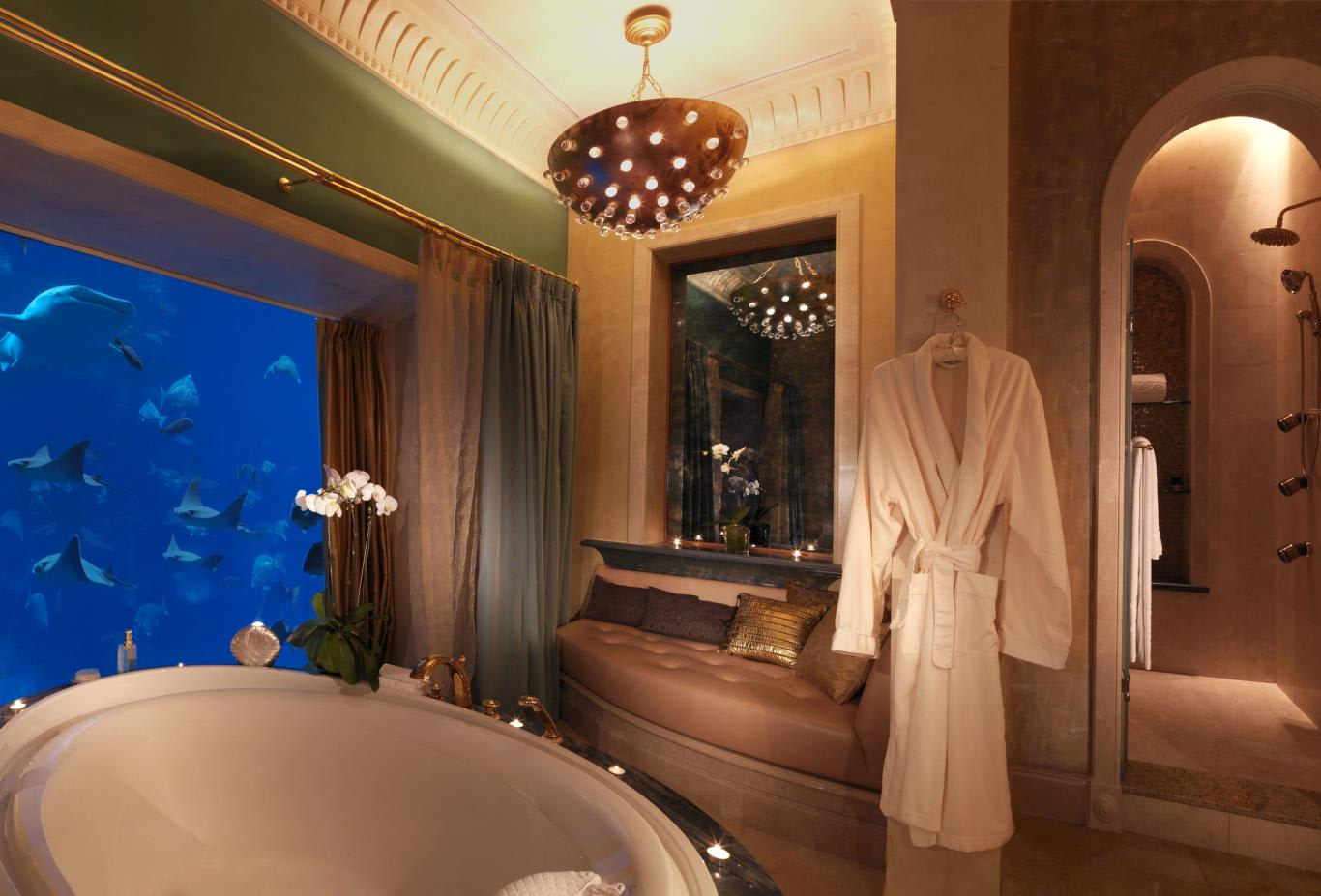 Underwater Suite Bathroom