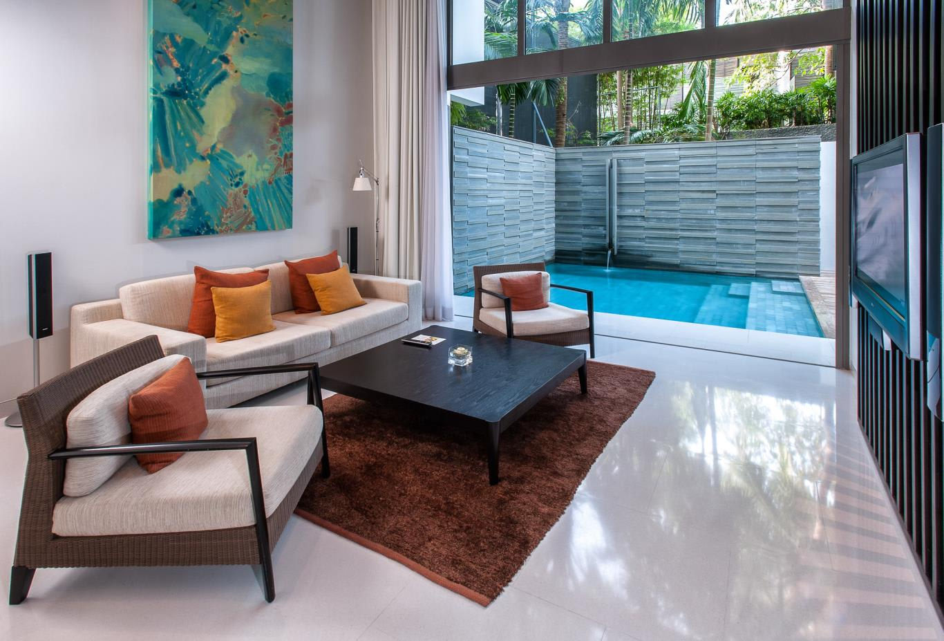 Duplex Pool Suite One Bedroom