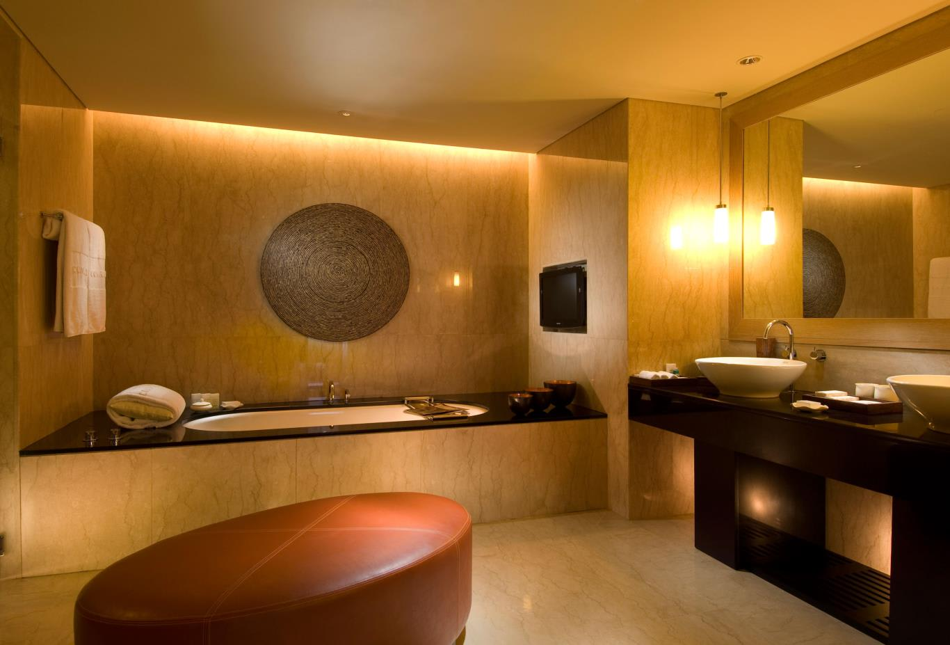 Conrad-Suite-bathroom