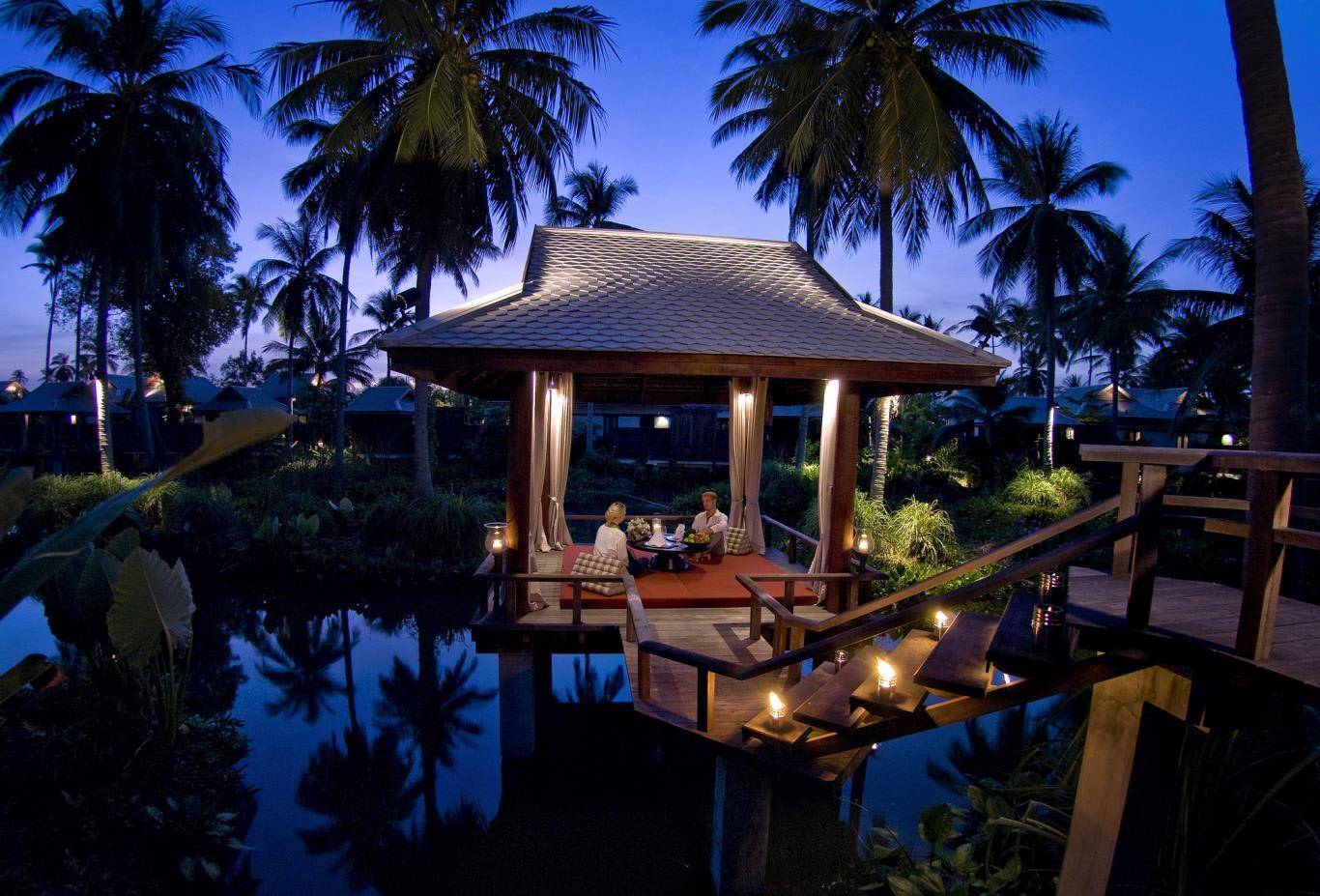 Dining By Design In Sala Pool Villa
