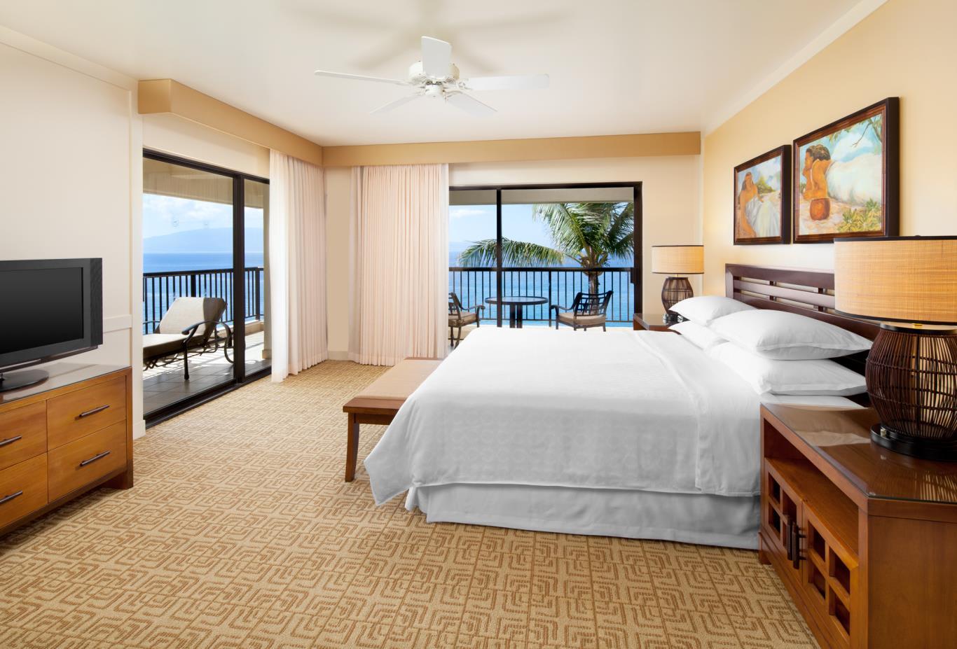 Deluxe Ocean Front Suite