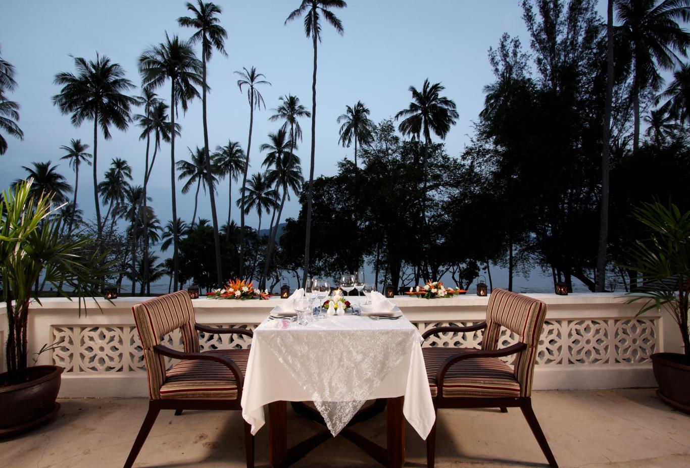 Baan Vijitt Restaurant, Terrace