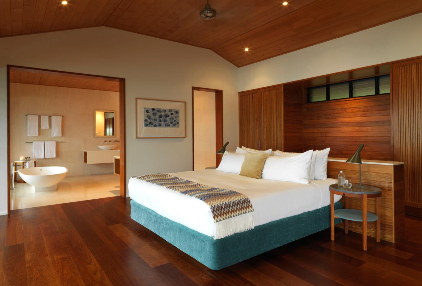 Windward Pavilion Bedroom