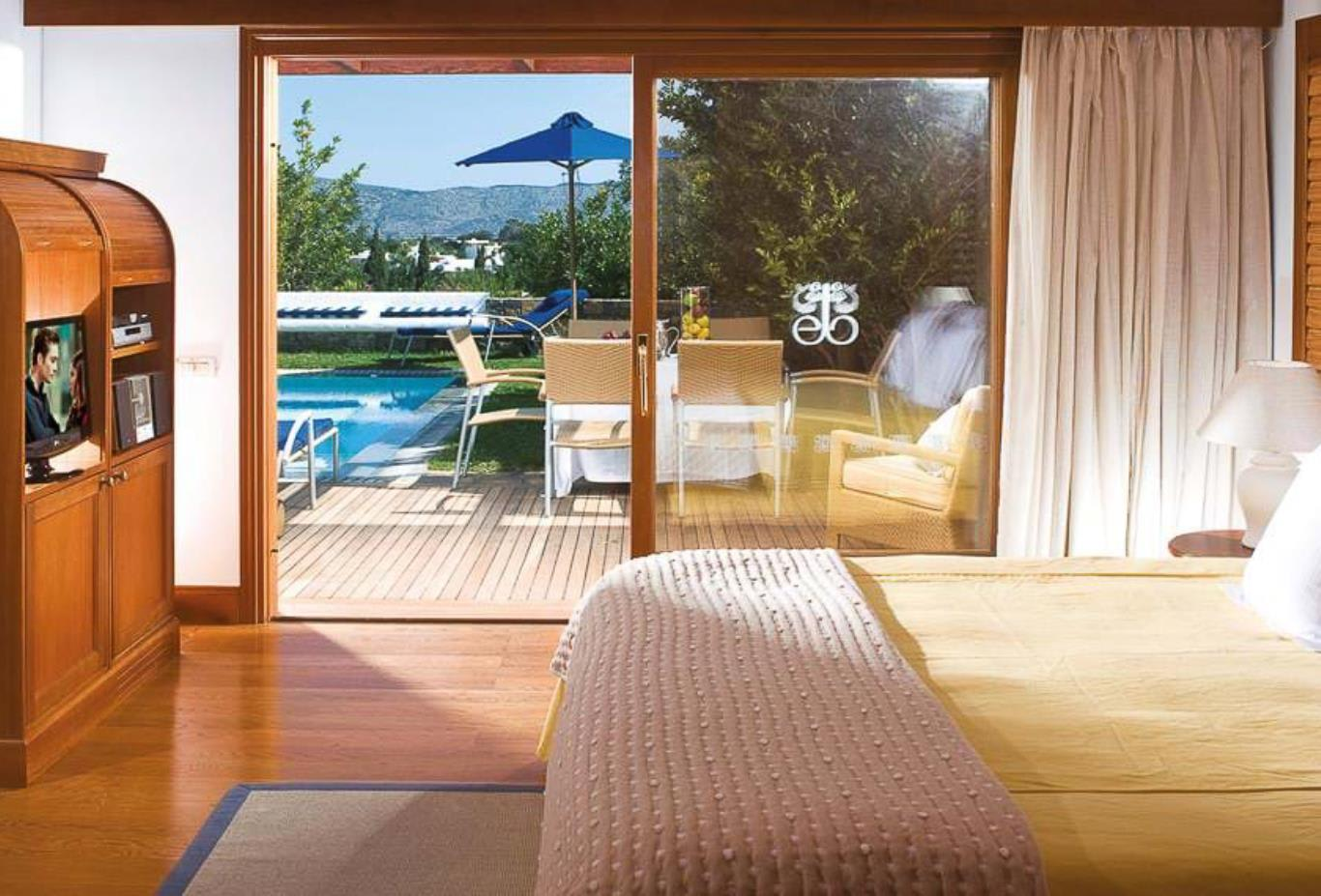 Family Villa Sea View with Private Pool bedroom