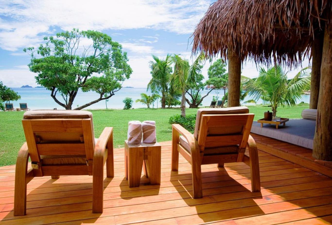Beachfront Bure deck and daybed