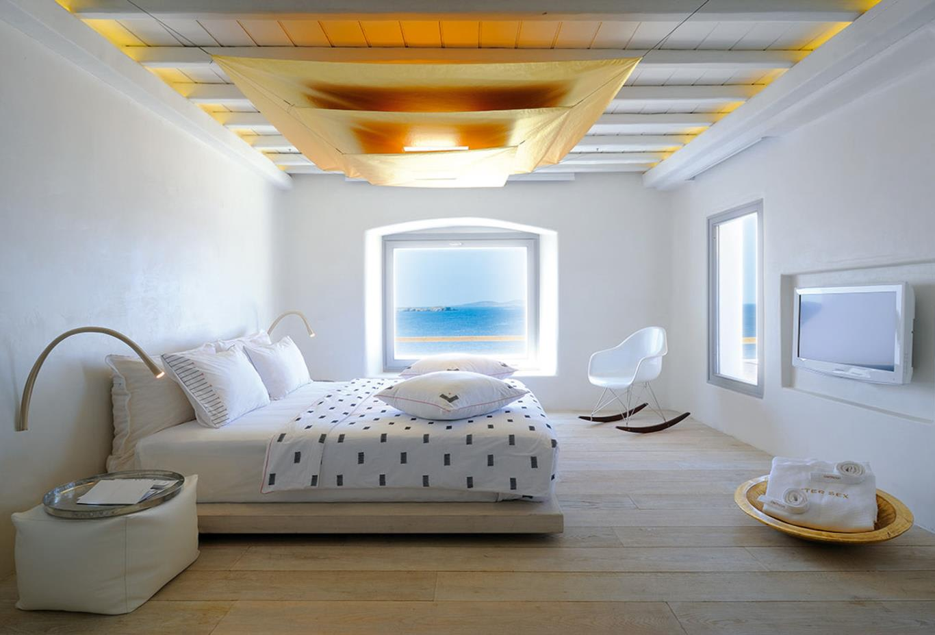 Golden Villa bedroom