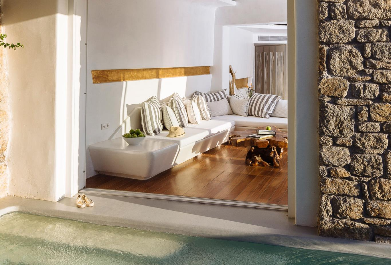 Honeymoon Suite With Pool