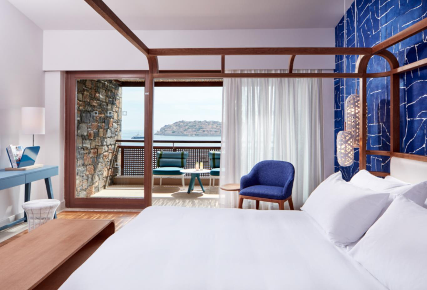 Island Suite Bedroom