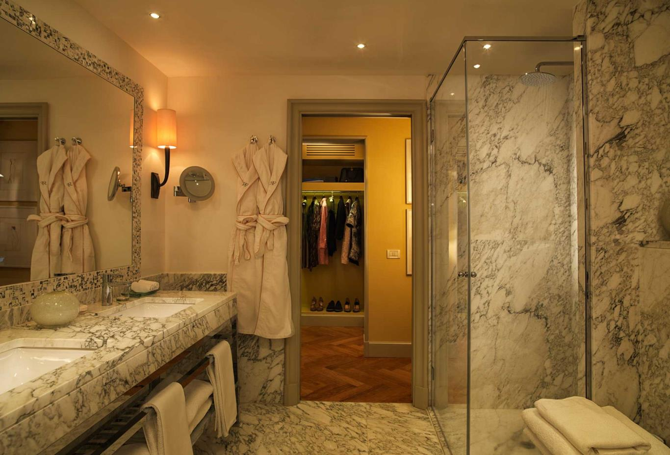 Repubblica-Suite-bathroom