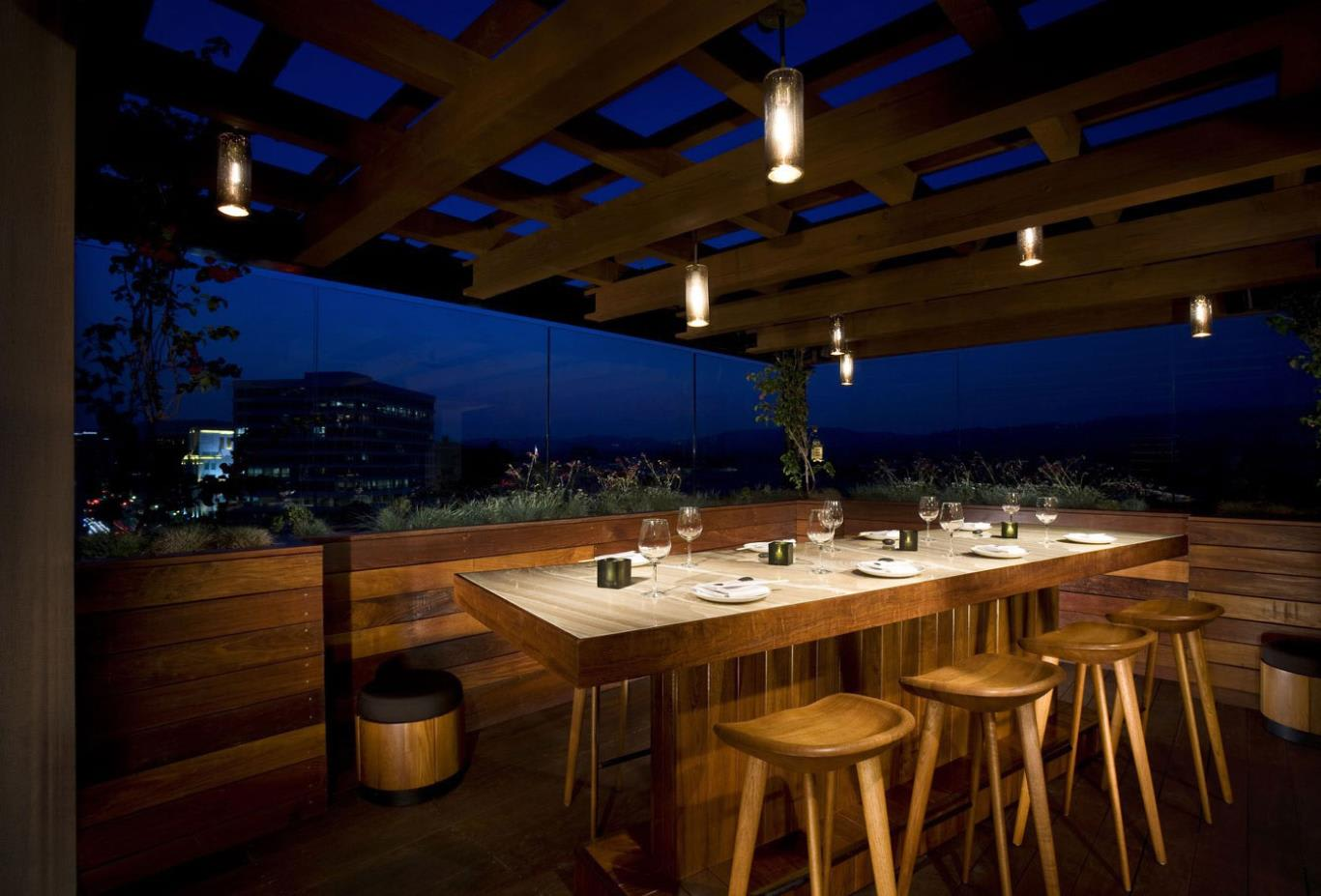 Above-Beverly-Hills-Bar