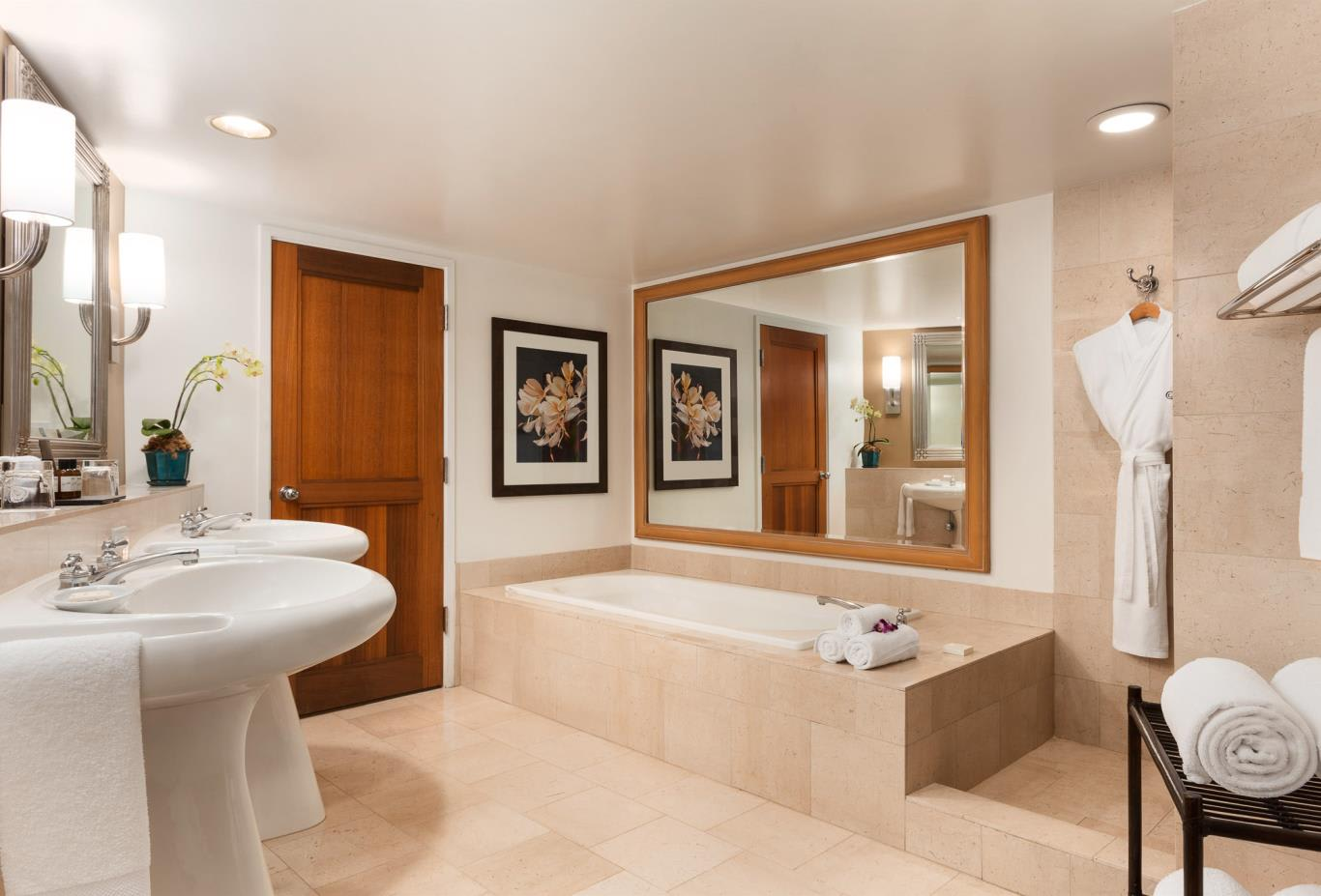 Fairmont Suite bathroom