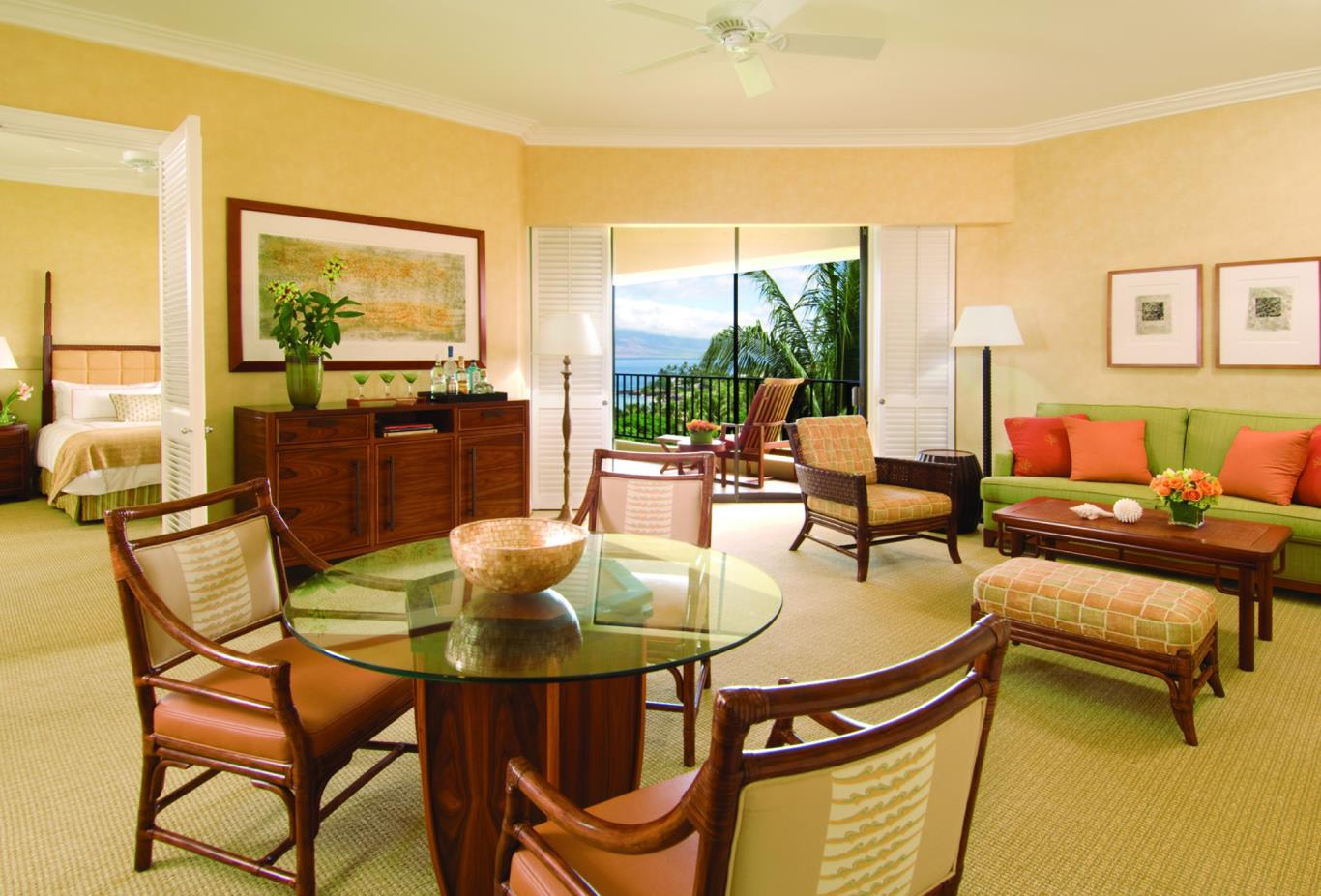 Ocean View Four Seasons Executive Suite