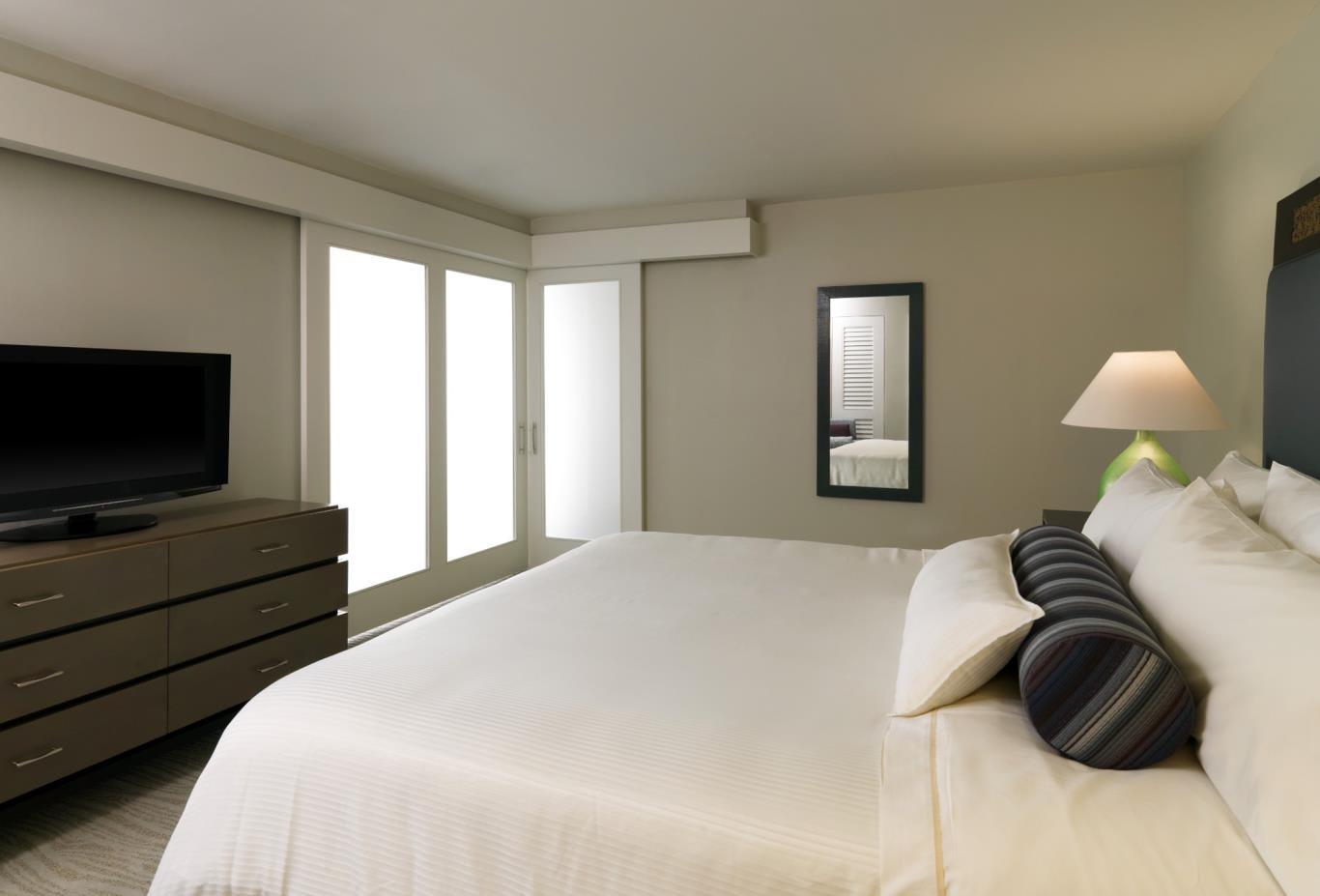 Penthouse Ocean Room