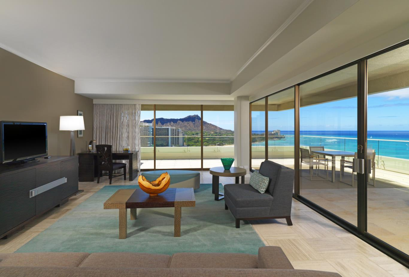 Penthouse Ocean Suite